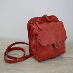 Marlo Red leather Vintage crossover purse